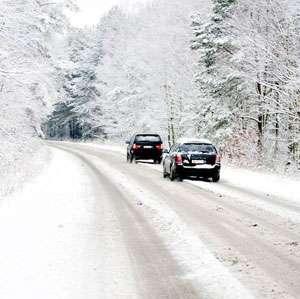 NINSORI în Harghita: Circulaţie îngreunată din cauza zăpezii