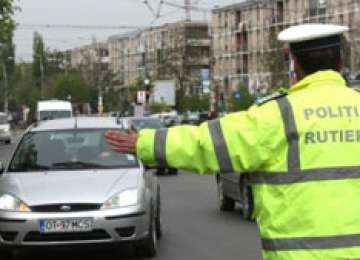 Nouă infracţiuni rutiere înregistrate în weekend