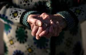 O femeie în vârstă de 74 de ani din Baia Mare a fost victima unui furt