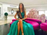 """O fetiță de 11 ani din România a câștigat """"Super Model of the World"""""""