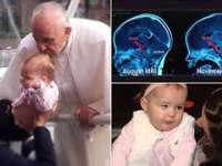 O fetiță s-ar fi vindecat de o tumoare la creier după ce a fost sărutată pe creștet de papa Francisc