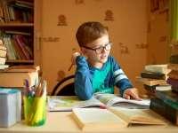 O școală din Marea Britanie a eliminat temele pentru acasă ale elevilor