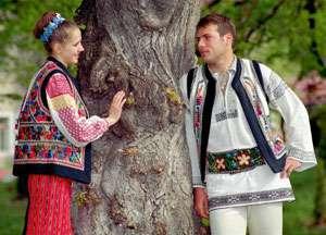 Obiceiuri și tradiții de DRAGOBETE - Sărbătoarea iubirii la români