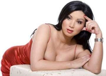 Șoc! Groază! Horror! :) - Adriana Bahmuţeanu şi-a înşelat primul soţ cu un fost primar