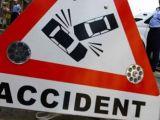 FEREȘTI - Două autoturisme au fost proiectate pe câmp şi o persoană a fost rănită
