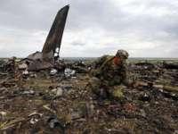 OFICIAL: Avionul malaezian prăbușit în Ucraina a fost doborât de un număr mare de proiectile de mare viteză