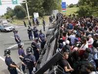 Organizația umanitară Amnesty International acuză Ungaria de abuzuri împotriva refugiaților