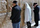 Ovidiu Nemeș se vaită la Zidul Plângerii din Ierusalim ca să nu ajungă la Zidul Gherlei - pe interior