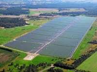 Panourile fotovoltaice au generat, luni la amiază, 7% din producția națională de electricitate