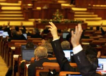 Parlamentarii au decis: Românii NU vor avea liber pe 21 mai, de Sfinţii Constantin şi Elena