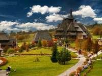 PAȘTI - Peste 400 de pensiuni din Maramureș vor oferi locuri de cazare dar și pachete speciale pentru turiști