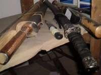 Patru dintre elevii care s-au încăierat cu săbii şi cuţite, arestaţi preventiv