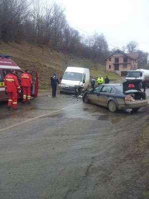 Patru victime în urma unui accident rutier produs la Bârsana