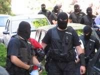 PERCHEZIȚII CU MASCAȚI ÎN MARAMUREȘ – Procurorii DNA au descins la o instituție publică și câteva firme, anchetând fapte de corupție