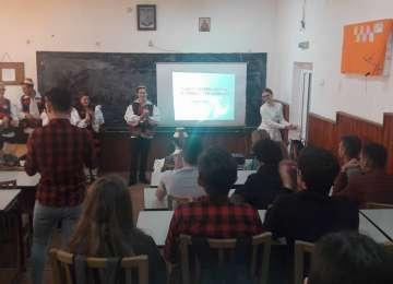 """PERFORMANȚĂ ȘCOLARĂ - Elevii Liceului Tehnologic """"Marmația"""" au obținut Premiul II la Târgul Internațional al Firmelor de Exercițiu din Italia"""