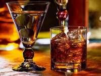 Persoanele care muncesc în exces sunt predispuse să consume mai mult alcool