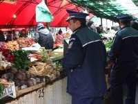Peste 1.000 kg de legume și fructe confiscate de poliţiştii maramureșeni
