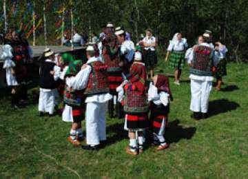 """Peste 10.000 de oameni sunt aşteptaţi la Festivalul de Primăvară """"Tânjaua Hotenarilor"""""""