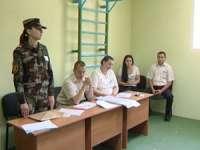 Peste 21.000 de persoane aflate în arest şi-au exprimat intenţia de a vota în turul doi al alegerilor prezidenţiale