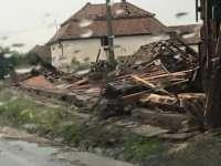 FOTO: Peste 300 de case din județul Mureș, afectate de o tornadă