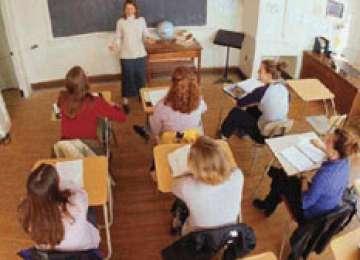 Peste 9.000 de profesori susțin proba scrisă a examenului de definitivare în învățământ