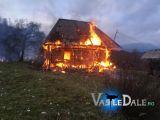 PETROVA - O casă a ars ca o torță