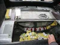 PETROVA: Un băiat de 15 ani, prins la volanul unei maşini pline cu ţigări de contrabandă