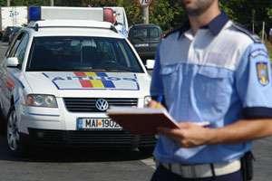 POLIŢIA: 72 sancţiuni contravenţionale aplicate ieri pentru nerespectarea normelor rutiere