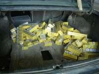 POLIŢIA: Aproape 3.000 pachete cu ţigări confiscate în judeţ, la finalul săptămânii trecute