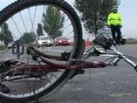 POLIŢIA: Biciclistă accidentată la Tăuţii Măgherăuş