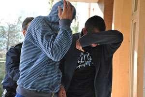 POLIŢIA: Doi indivizi au tâlhărit un bărbat din Vişeu de Sus şi i-au furat şi pantofii din picioare