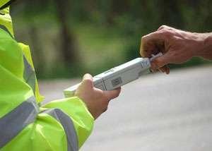 POLIŢIA: La volan sub influenţa alcoolului