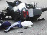 POLIŢIA: O adolescentă de 15 ani a condus un moped şi a intrat în coliziune cu un autoturism