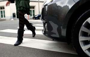 POLIŢIA: Opt conducători auto au rămas fără permis pentru că nu au acordat prioritate de trecere pietonilor