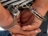 POLIȚIA: Bărbat reţinut pentru 24 de ore pentru comiterea a şase infracţiuni