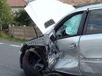 POLIȚIA: Două pasagere rănite la Gârdani