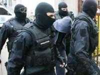 POLIȚIA: Percheziţie domiciliară la o persoană bănuită de comiterea infracţiunii de contrabandă