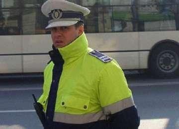 Polițist din Cluj, și-a dat demisia după ce a fost umilit de șeful său pentru că l-a oprit în trafic