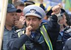 POLIȚIȘTII pregătesc ample acțiuni de PROTEST împotriva Guvernului Grindeanu din cauza salarizării