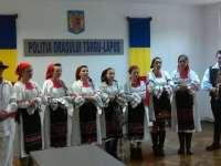 Polițiștii din Târgu Lăpuș au primit primii colindători