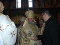 Ponta: Guvernul va continua să sprijine Biserica şi Armata în 2014