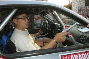 Ponta promovează pe Facebook campania FIA pentru siguranţă rutieră