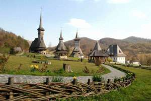 Povestea celor opt bisericuțe maramureșene din lemn, înregistrate în patrimoniul UNESCO