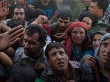 Președintele Consiliului European: Valul de refugiați este un război hibrid împotriva Europei