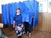 Prezenţa la urne - Până la ora 16:00 au votat 18,41% dintre români. Maramureşul, în continuare codaş