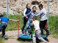 Prietenii pot influența stările de frică și anxietate ale copiilor