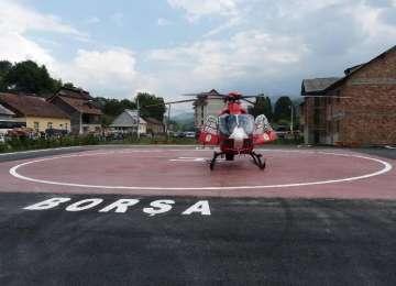 Prima intervenţie a ELICOPTERULUI SMURD Borşa - Un copil de cinci luni a fost transportat la Baia Mare