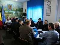 Primarul comunei Fărcaşa, pe punctul de a încălca legea - Şedinţă extraordinară de Consiliul local pentru girarea unor ilegalităţi