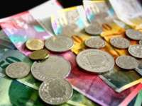PROIECT: 25% reducere din suma de rambursat, soluţia pentru românii cu credite în franci