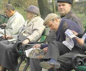 Propunere pentru Legea pensiilor: pensie de minim 45% din salariul mediu brut pe economie